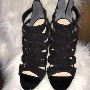 New women's black shoes